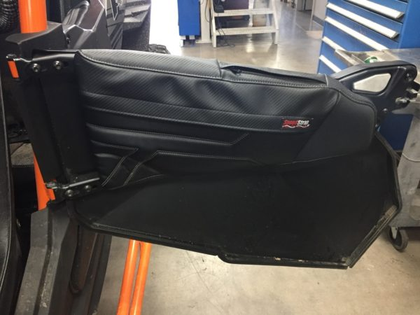 Piston Driven: Set of Front Door Bags L & R